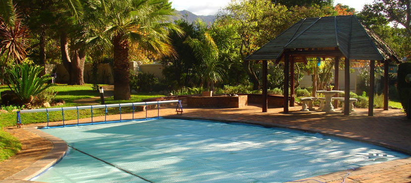 Eco friendly pools going green with powerplastics pool covers powerplastics pool covers for Swimming pool covers south africa